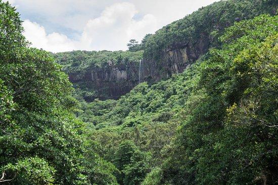 Pinaisara Falls