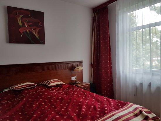 Jaroslawiec, Poland: Sypialnia w apartamencie