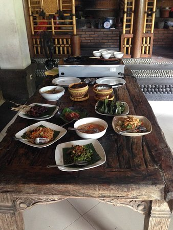 Tuban, Indonesia: Amazing Food and Experience
