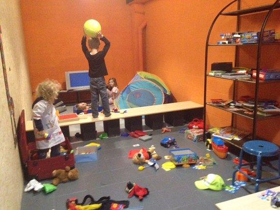 Salle de jeux pour les enfants photo de la popotte belge louvain la neuve tripadvisor - Salle de jeux pour enfants ...