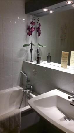 Mereville, Francia: Salle de bain