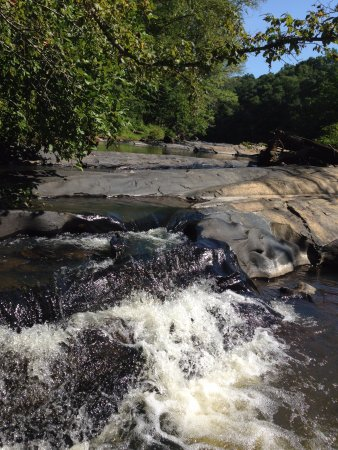 Marietta, GA: Some of the picturesque rapids at Sopes Creek