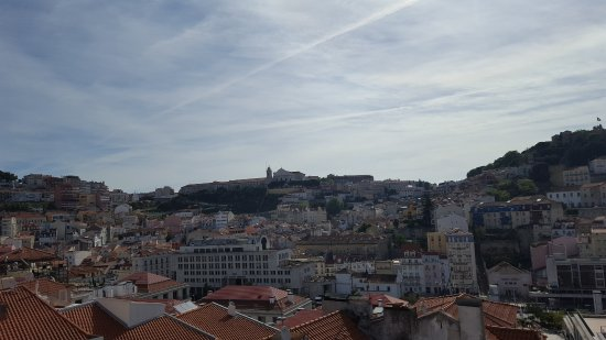 Lisbon Rooftops Guest House : 20170415_101452_large.jpg