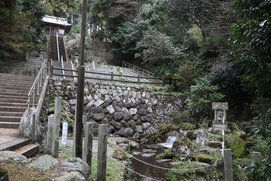 Spring Water in Izumi Shrine