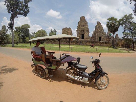 Angkor Taxi Driver Siem Reap