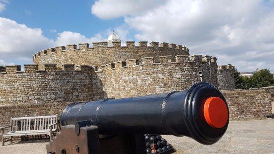 Deal Castle: canon