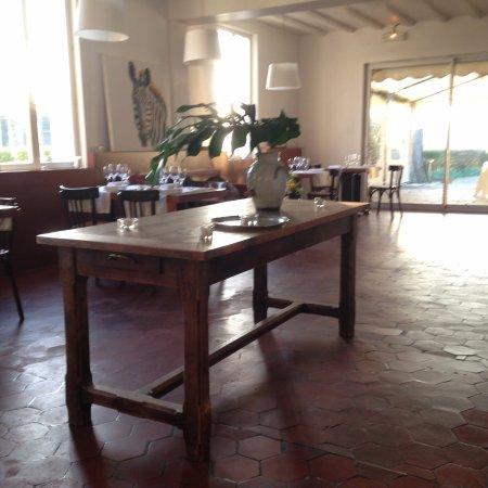 Port-Villez, Francia: la gueulardiere hotel restaurant gyverny monet port villez vernon