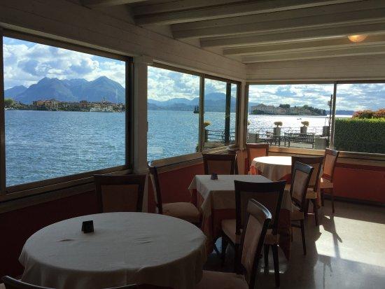 Hotel Romagna: Vista dalla sala colazione