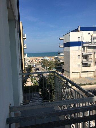 Hotel Quisisana : Our balcony view