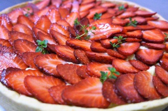Le Neubourg, Frankrig: Tarte aux fraises et  thym citron.