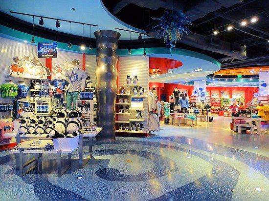 awesome light in lobby picture of aquarium atlanta tripadvisor