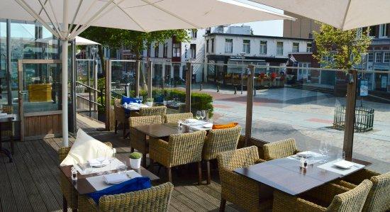 Het terras van restaurant la vie terneuzen op het zuiden picture of restaurant la vie for Lay outs terras van het restaurant
