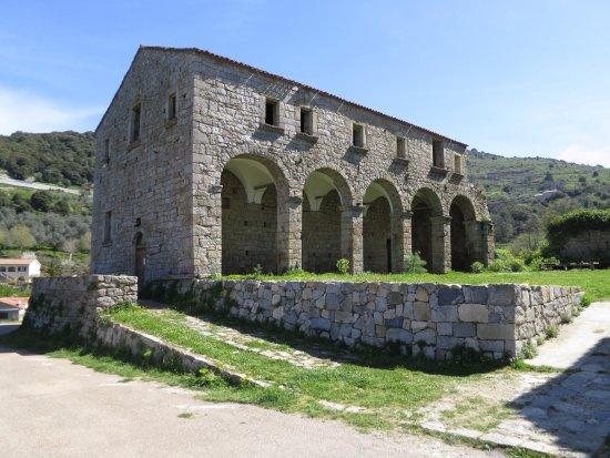 Couvent Saint François à Sainte-Lucie-de-Tallano