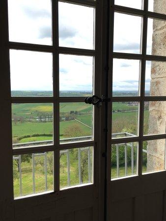 Chateau De Chateauneuf En Auxois: Photo1