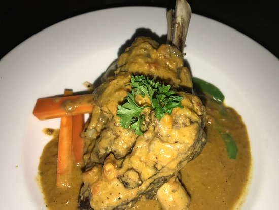 Red Sky Restaurant and Bar: Lamb Shank