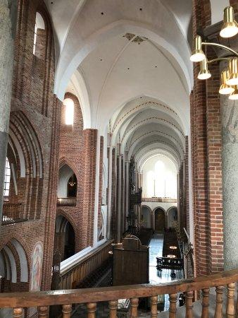 Roskilde Domkirke: Innen
