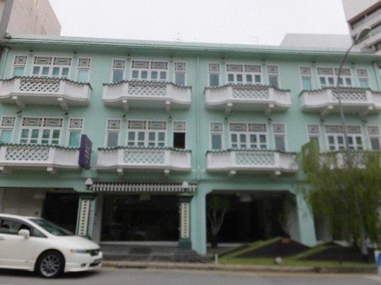 ニュー マジェスティック ホテル, プラカナンスタイルの建物