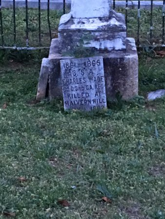 Madison, GA: Grave of Confederate Soldier