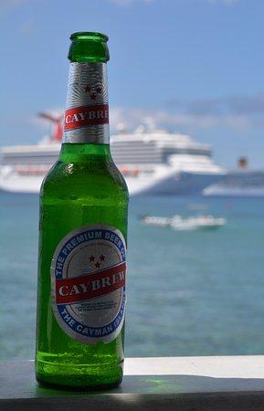 George Town, Gran Caimán: cerveja nacional