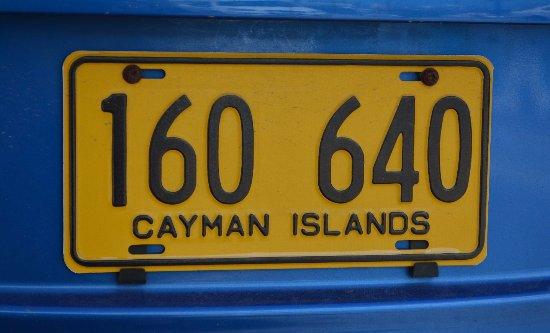 George Town, Gran Caimán: matriculas