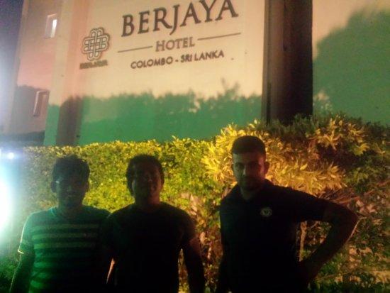 Berjaya Hotel Colombo Photo