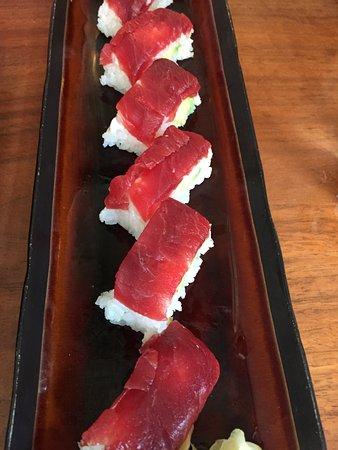Blue Ribbon Sushi: Super Thunfisch