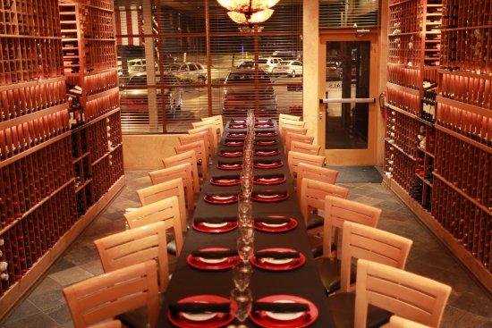 Rancho Cordova, Kaliforniya: Private Party up to 26 guests straight table