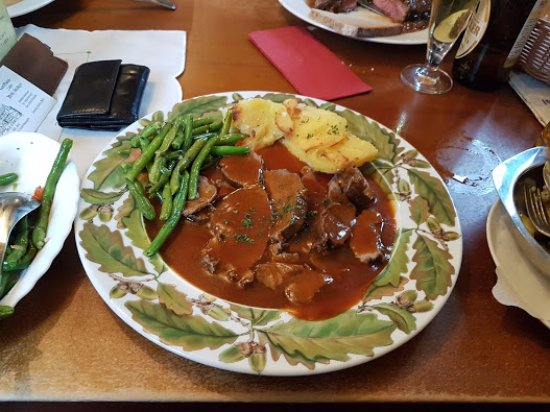 Weinheim, Germany: Lamb with green beans and potatoes gratin.