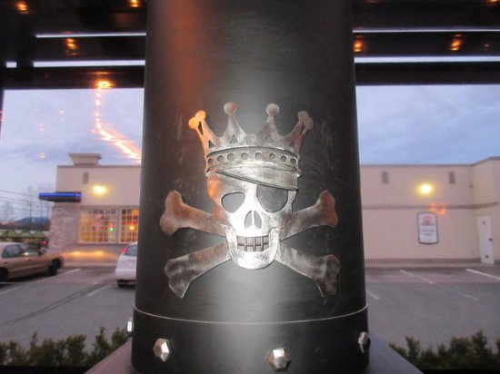 Maple Ridge, Canadá: Skull & Cross Bones