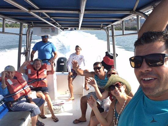 Rumbo a Playa cocalito, Montezuma con Zuma Tours