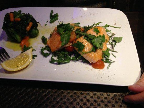 Ristorante Vivere: Herrliches Lachsgericht