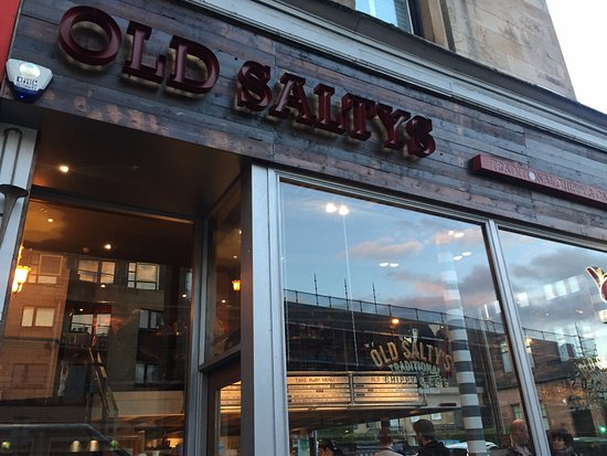 Nice Location On Byres Road Walking Distance From The