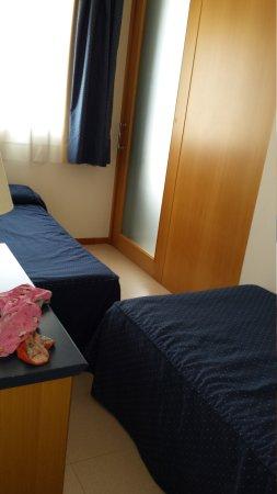 Hotel Arrahona: 20170414_122025_large.jpg