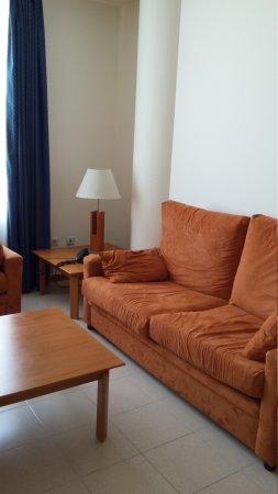 Hotel Arrahona: 20170414_122255_large.jpg