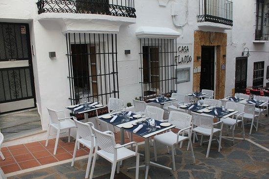 Restaurante casa eladio en marbella con cocina tapas - Cocinas marbella ...