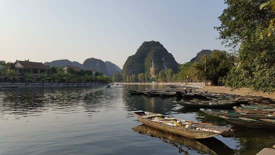 Viet Viet Tourism - Day Tours