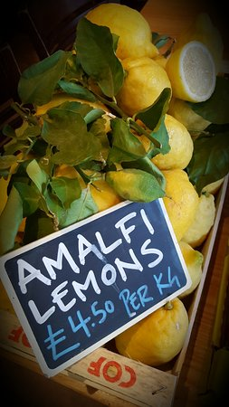 Headingley, UK: huge Amalfi lemons