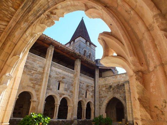 Carennac, França: cloitre