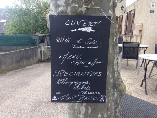 Belley, França: produit maison pensez à réserver