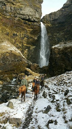 Hvolsvollur, Islandia: Awesome adventure on horseback