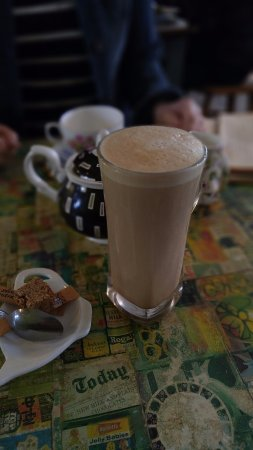 Urmston, UK: Latte and Tea in a china cup...Food didn't hang around long enough for me to take a pic :)