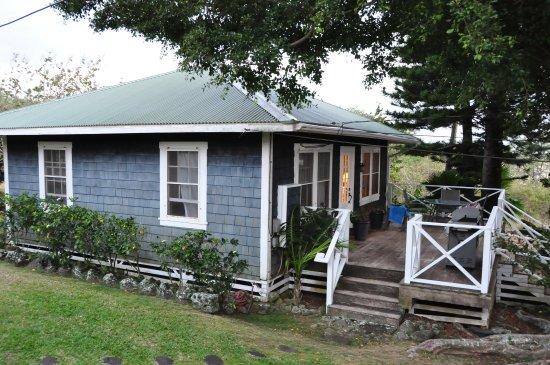 Hawi, HI: Miles Away Cottage