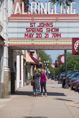 Spend the day with a Girlfriend in Downtown Baraboo