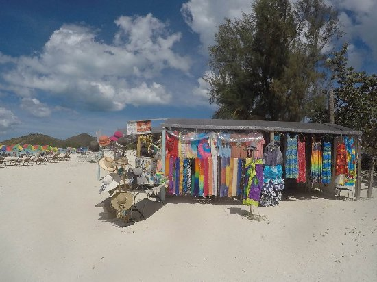 Saint Mary Parish, Antigua : Echoppes sur Jolly Beach