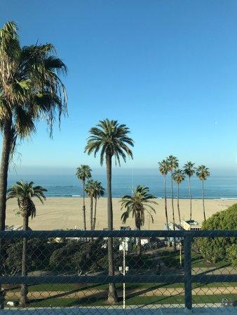 Hotel Shangri-La Santa Monica: photo0.jpg