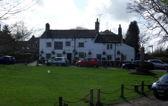 The Fountaine Inn and village green, Linton-in-Craven