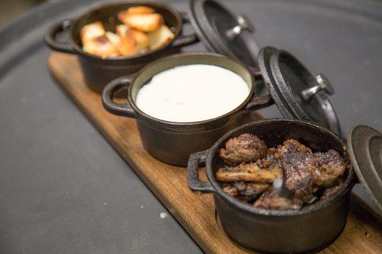 Corndance Tavern: Steak Fondue