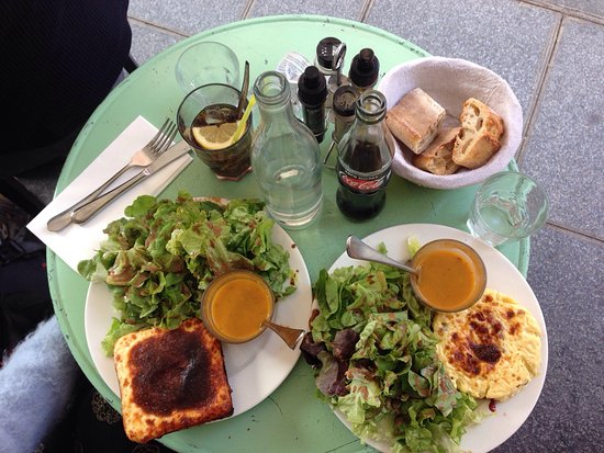 Photo of French Restaurant Le Voltigeur at 45 Rue Des Francs Bourgeois, Paris 75004, France