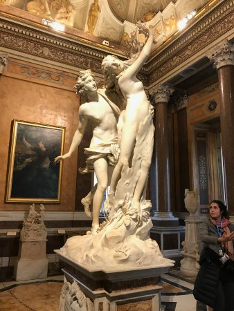 Happy Travel - Tours : Martina in action in the Borghese