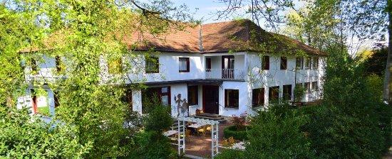 เฮวิกซ์เบค, เยอรมนี: Terrasse am Hotel Café Pannkokenhus Teitekerl